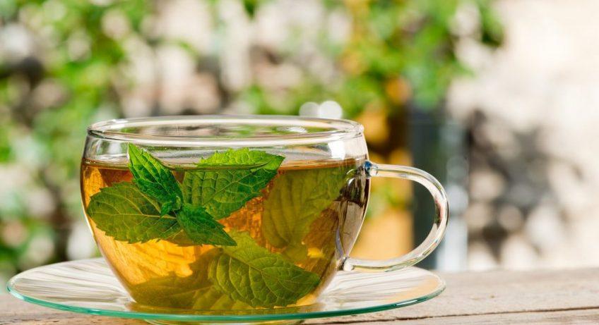 Berbagai Manfaat Minum Teh Peppermint Yang Mengatasi Perut Kembung